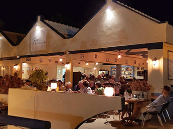 joes-restaurant-bonaire-ft-image-new2