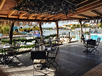the-dock-restaurant-ocean-breeze-bonaire-ft-image